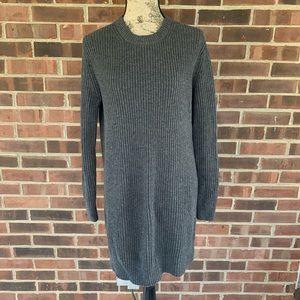 Like new MMK long sleeve ribbed sweater dress